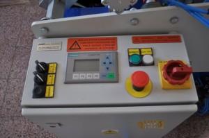 Ovládací panel převíjecího stroje